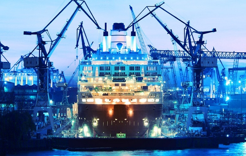 Main picture: Ship building industry of the United Arab Emirates