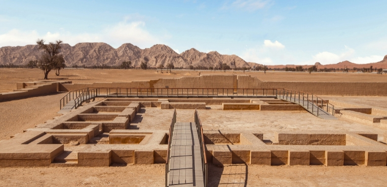 Main picture: Archaeological diggings in the UAE