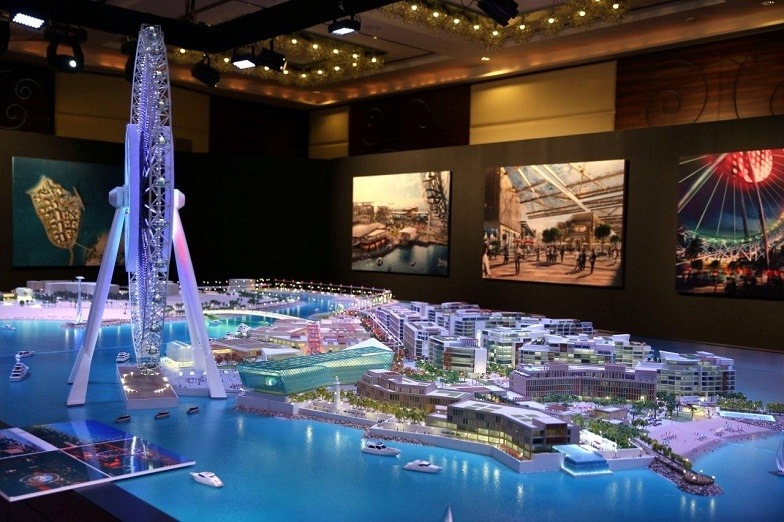 Main picture: Construction of the Bluewaters Island in Dubai in preparation for EXPO 2020