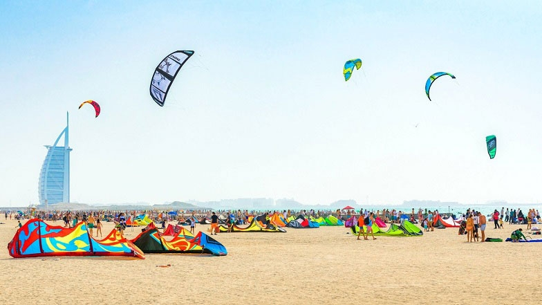 Main picture: Kite Beach in Dubai – One of the Favorite Beaches among Tourists in the UAE